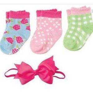 Mud Pie baby girl sock and bow set